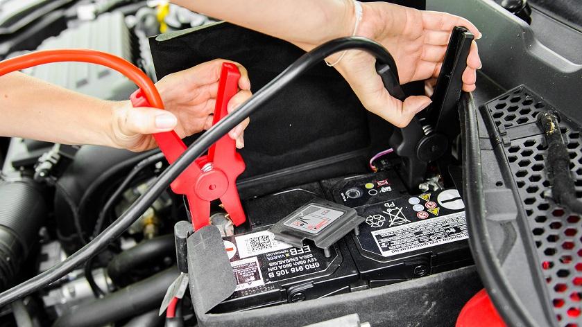 Прикурка авто по Киеву, услуги прикуривание аккумулятора машины